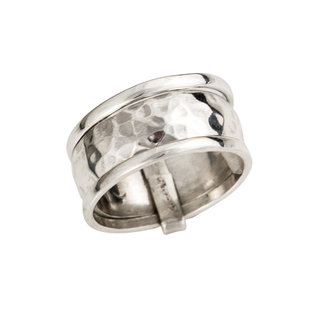 Siesta Silver Jewelry Banded Hammered Spinner Ring R7047