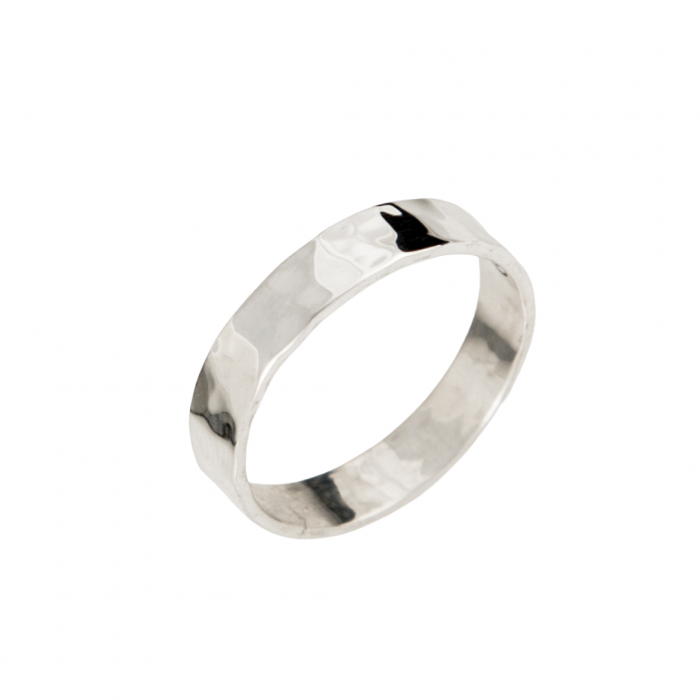 Siesta Silver Jewelry Hammered Narrow Band Ring R7043