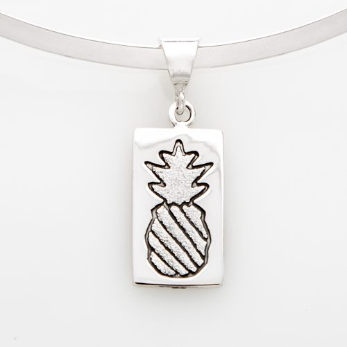 Crowned Pineapple Quilt Jewelry Medium Pendant