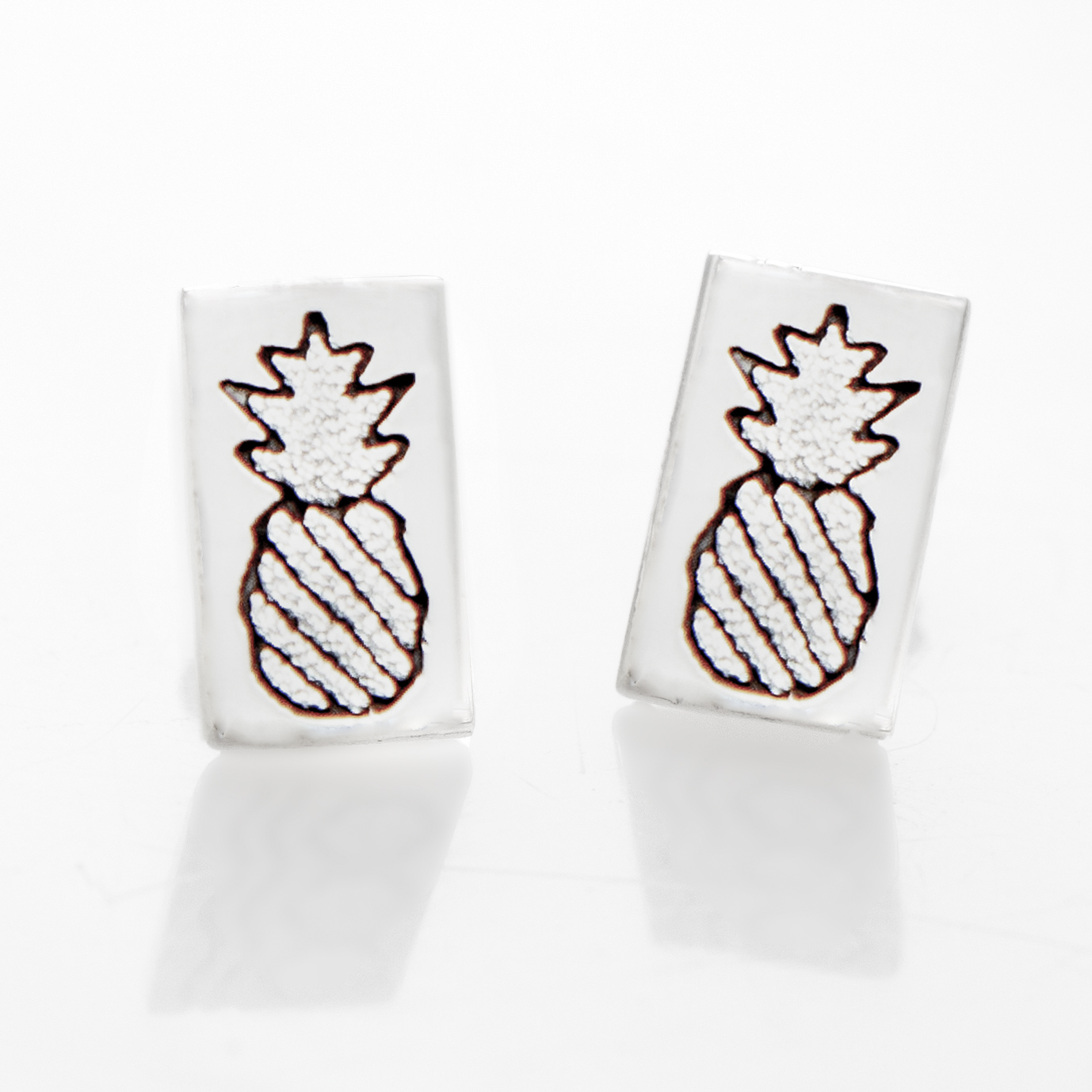 Crowned Pineapple Quilt Jewelry Post Earrings