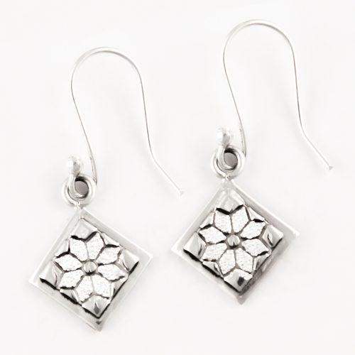 Dresden Plate Quilt Jewelry Hook Earrings