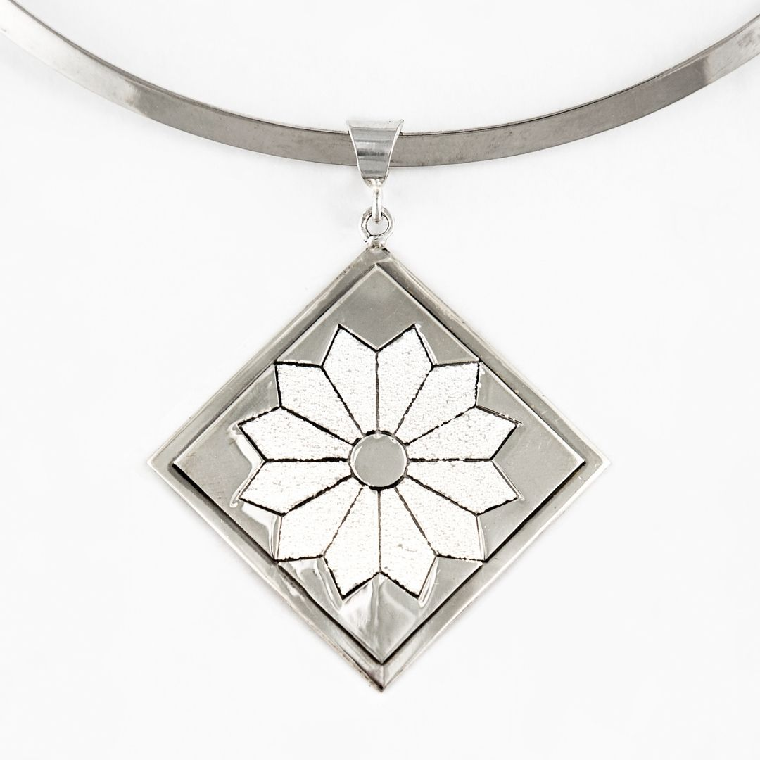 Dresden Plate Quilt Jewelry Large Pendant in Sterling Silver Siesta Silver Jewelry