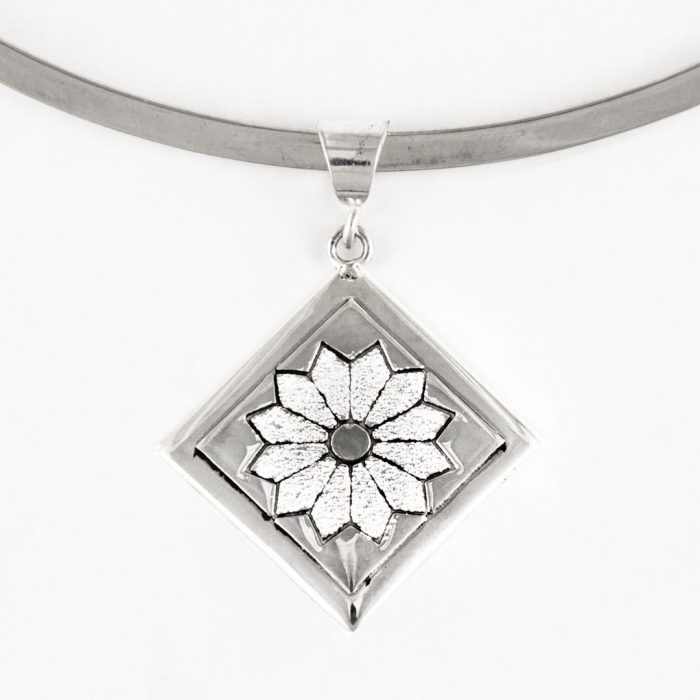 Dresden Plate Quilt Jewelry Medium Pendant in Sterling Silver Siesta Silver Jewelry