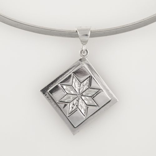 Lemoyne Star Quilt Jewelry Medium Pendant in Sterling Silver