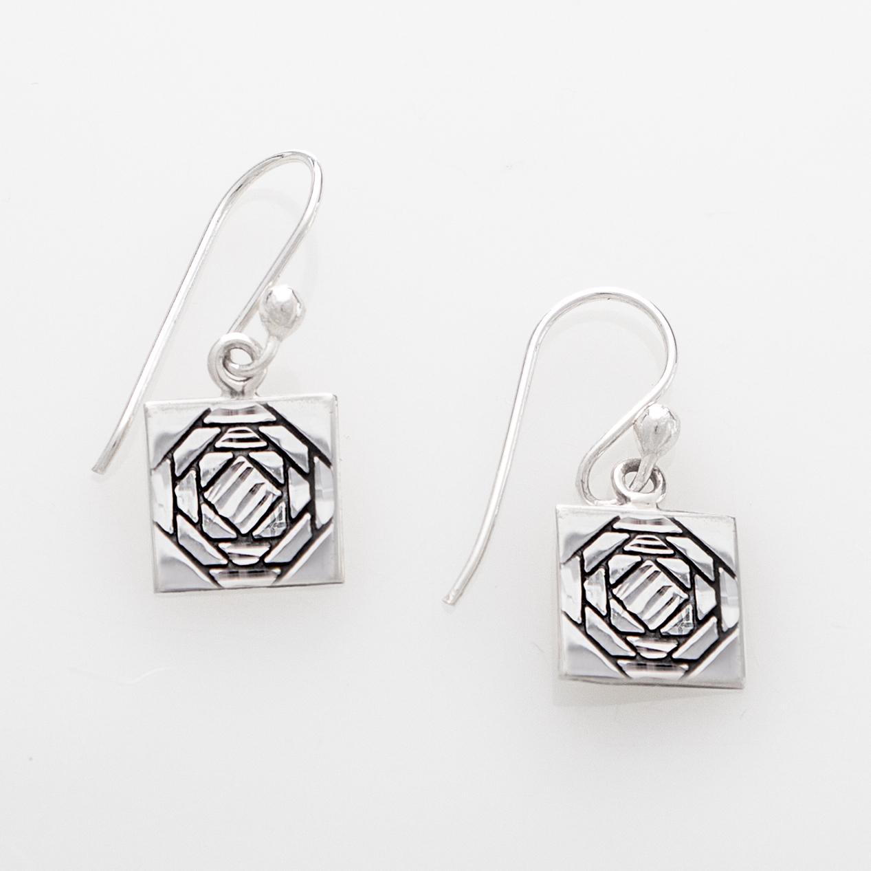 Friendship Pineapple Quilt Jewelry Hook Earrings