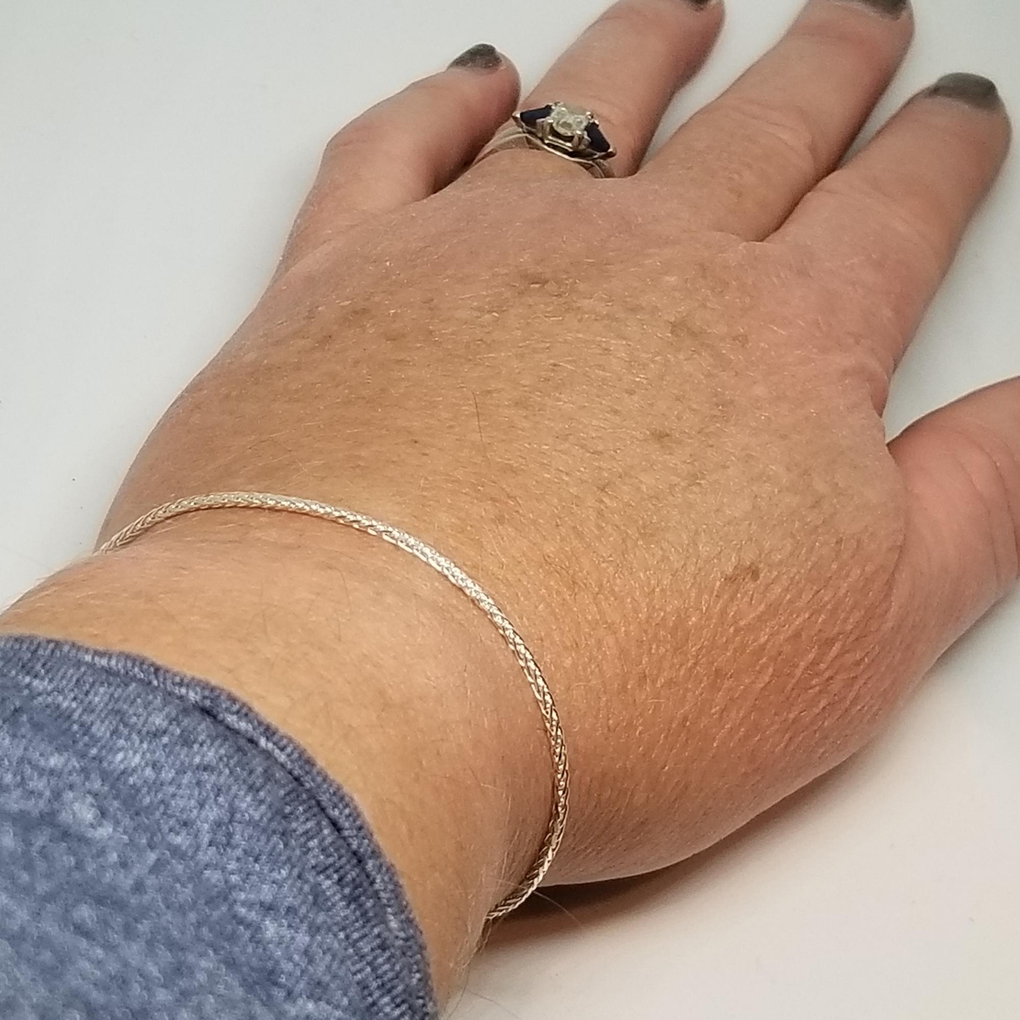 Espiga Bracelet on hand